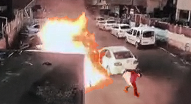 THE DUMBEST ARSONIST YOU'LL SEE THIS MONTH, I PROMISE