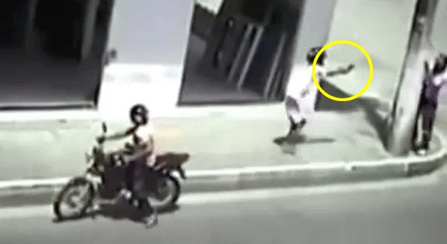 LOL: QUITE POSSIBLY THE WORST HITMAN IN BRAZIL